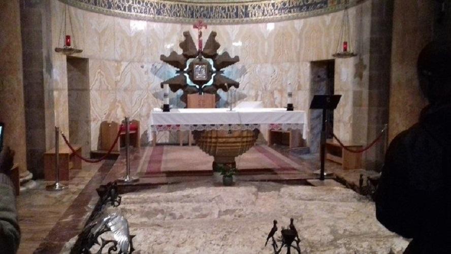 Abp Pizzaballa: kwarantanna daje czas na modlitwę